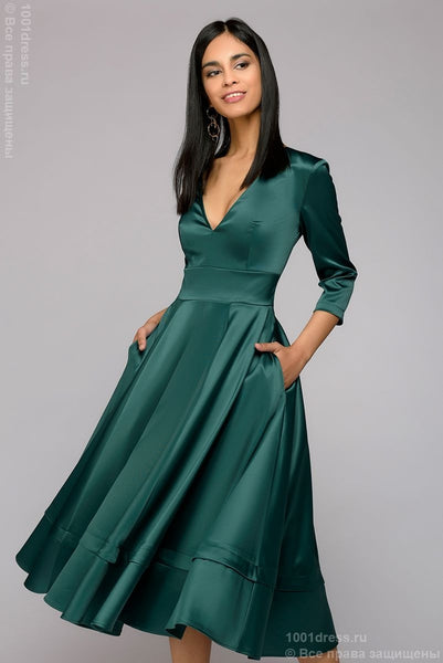 Midi length dress DM00899GR with deep cut; Green colour
