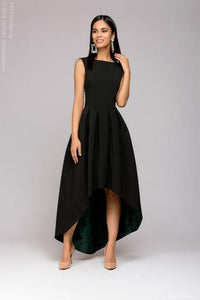 The dress DM00948GR black is a multi-level with a green skirt trim