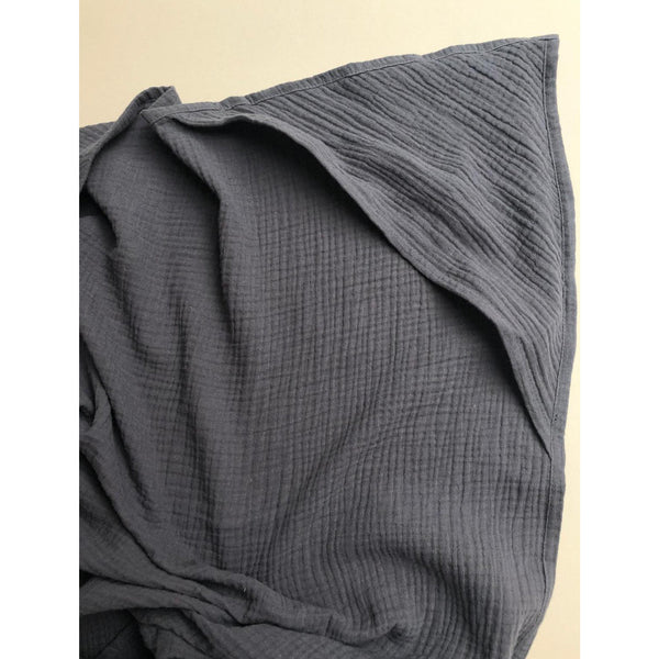 LILLE CHARCOAL MUSLIN HOODED SWADDLE