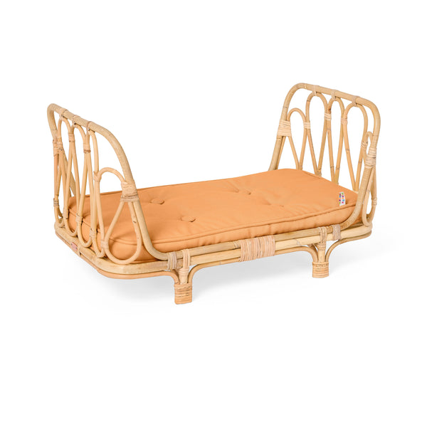 POPPIE TOYS RATTAN CLAY DOLLS DAY BED