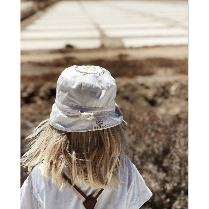 Leoleo Watercolour Bucket Hat