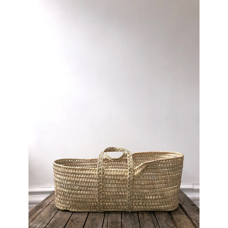 NATURAL PALM MOSES BASKET
