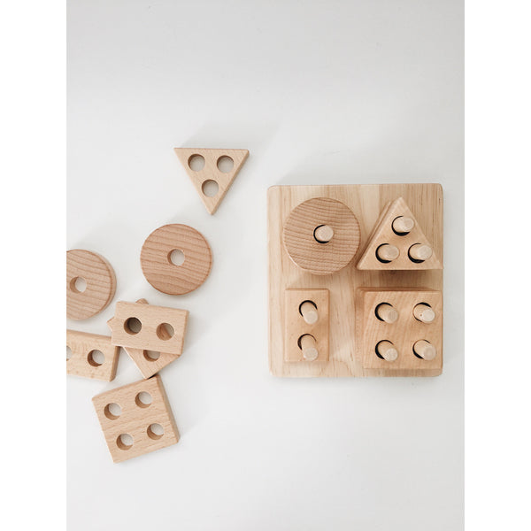 LION AND LAMB NATURAL WOOD SHAPE SORTER
