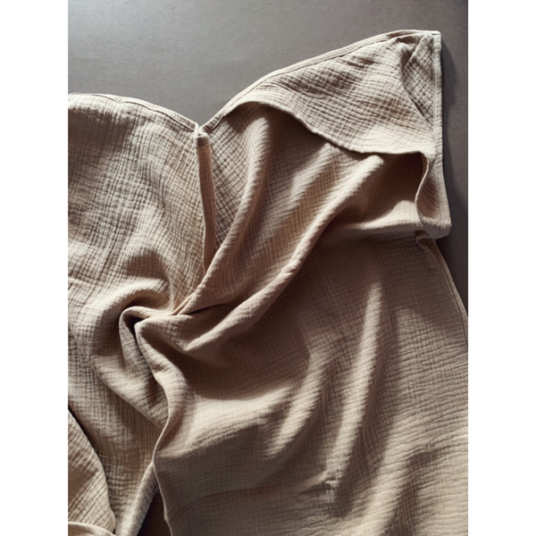LILLE CAPPUCCINO MUSLIN HOODED SWADDLE