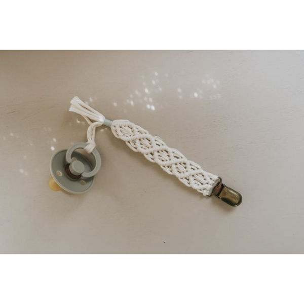 OH DUBIDU ALICE MACRAME COTTON PACIFIER CLIP