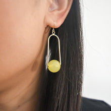 Load image into Gallery viewer, Lucille drop earrings