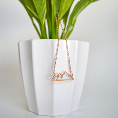 Adventure Necklace - Snowy Mountain