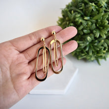 Load image into Gallery viewer, Lucy Earrings
