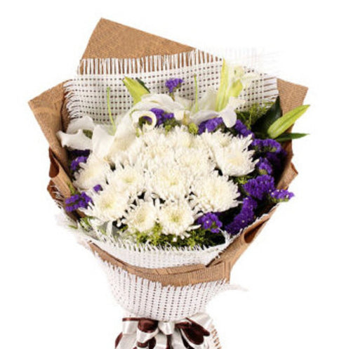 White miss( 15 white chrysanthemums and 6 lilies   -