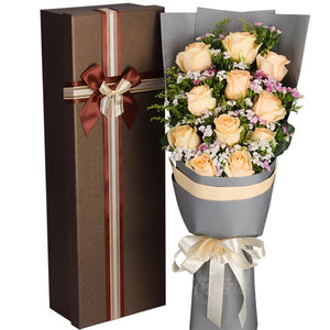 Hazy love( 11 top champagne roses)