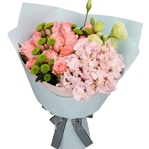 Love is the only( 19 Diana Pink Roses)