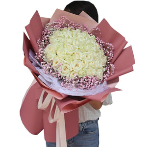Love someone( 33 white roses)