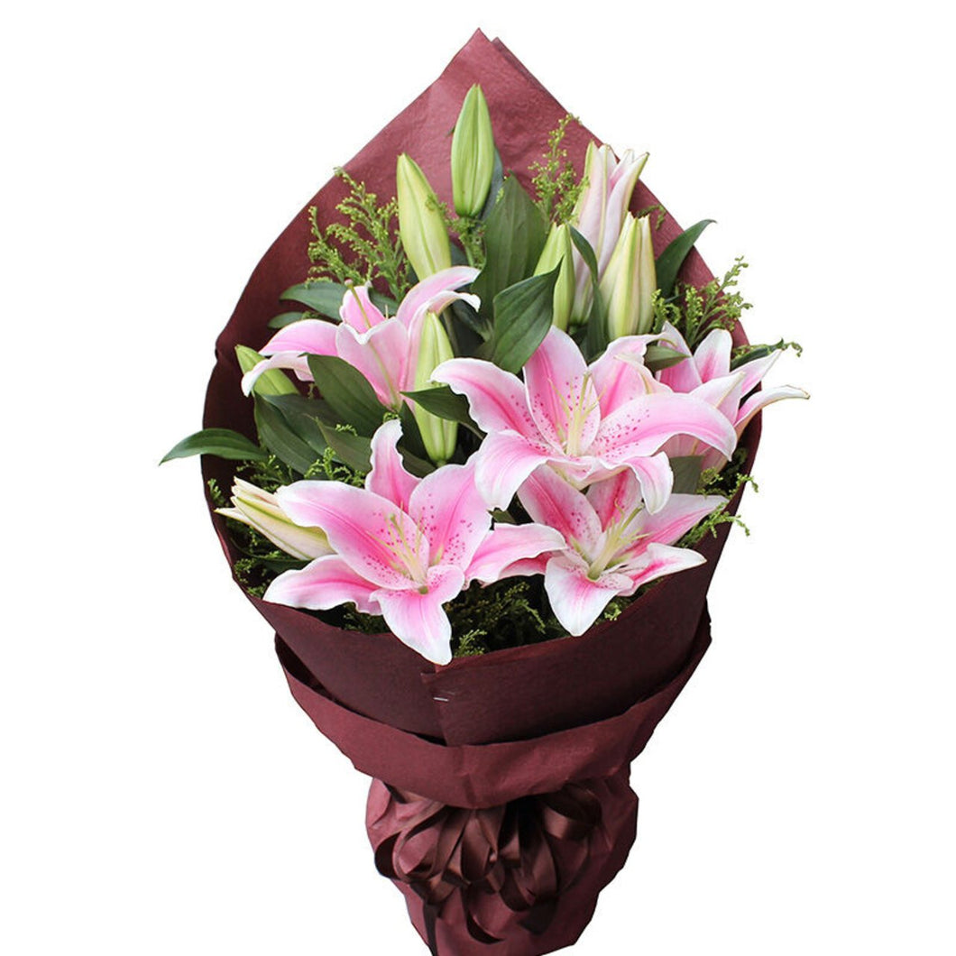 Like spring breeze( 5 long pink lilies-