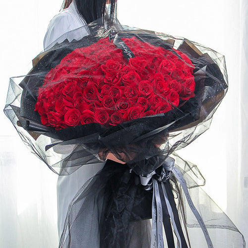 Love you for a long time(99 red roses with black English rib)