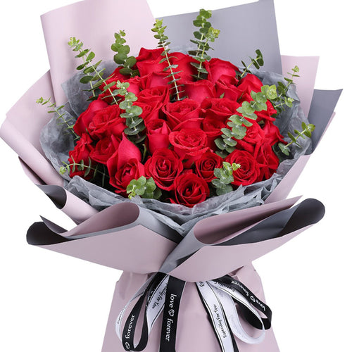 You stole my heart( 33 fine red roses-