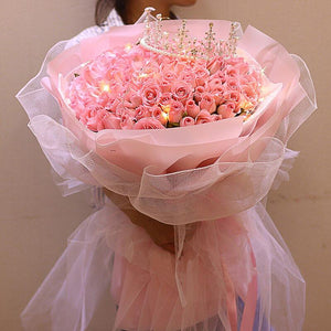 Only in love with you( 99 Diana Pink Roses-