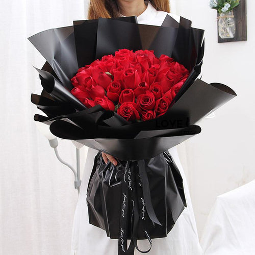 Crazy for love(33 fine red roses)