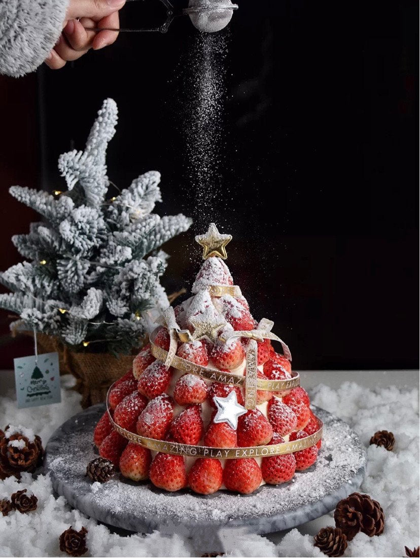 Christmas limited strawberry tower cake cake to China