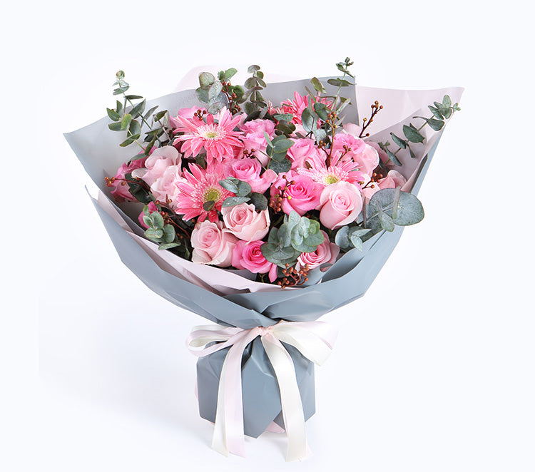 13 beautiful pink Roses, 16 Roses, 5 red dragons, 9 lampstands, eucalyptus leaves to China