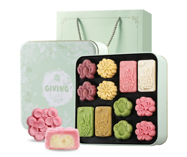 CNY Gift box(hamper) Traditional food: sweet scented osmanthus and mung bean cake