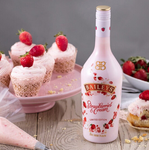CNY gift Baileys liqueur strawberry cream 700ml