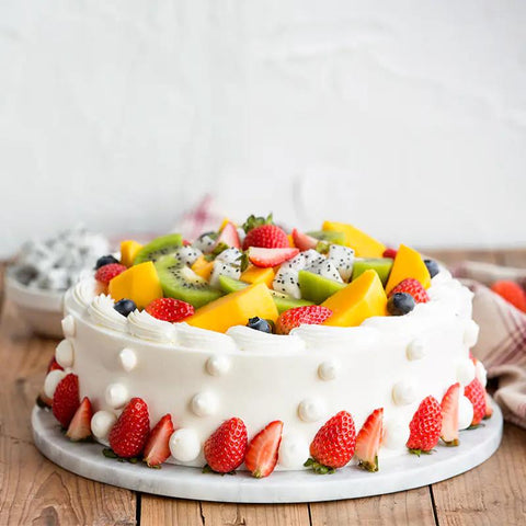 Round Birthday Fruit Cake to Macau Peninsula