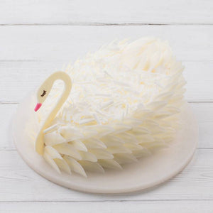 1,5 Pounds Snow Swan Cake To China