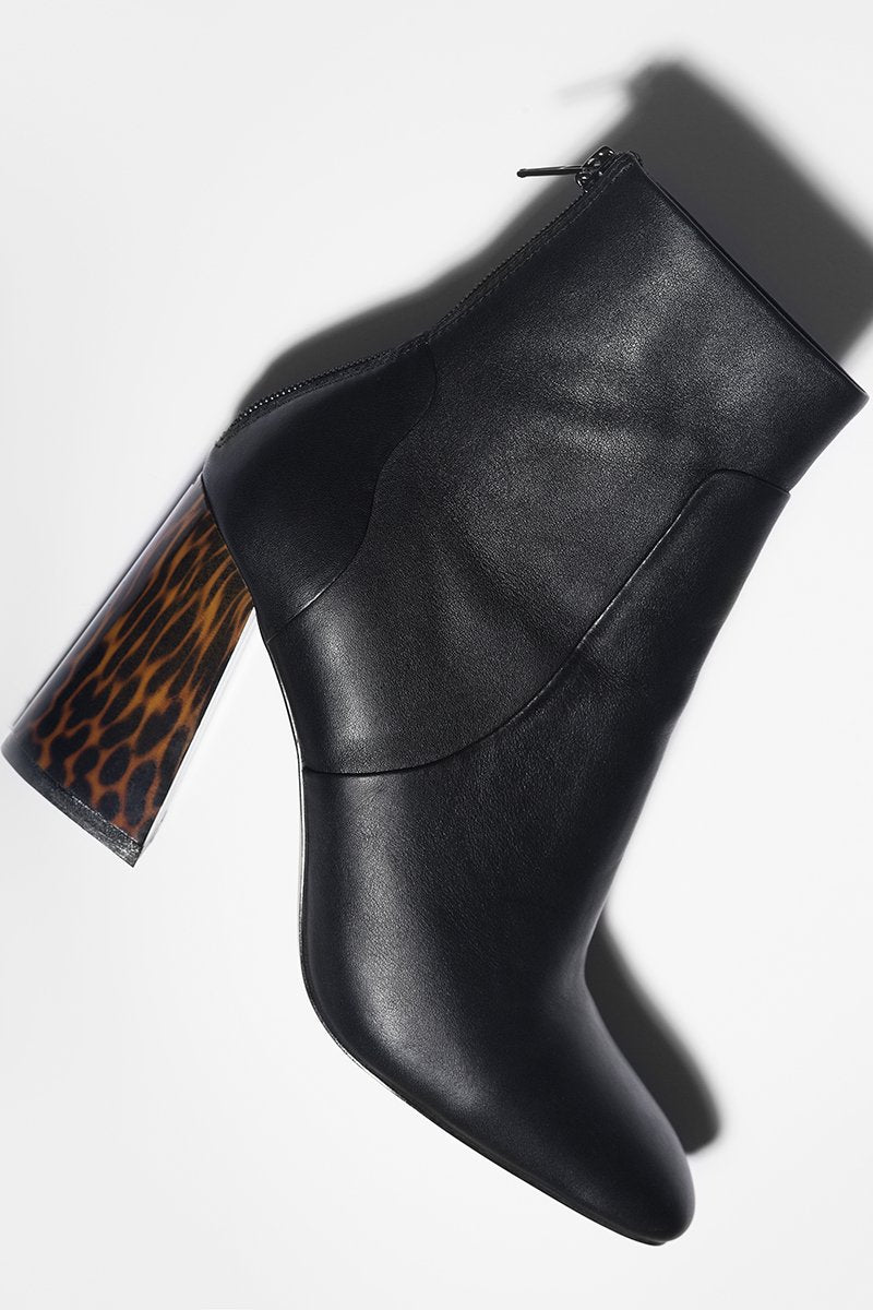 Oh C'mon - black leather (only size 36 left in stock)