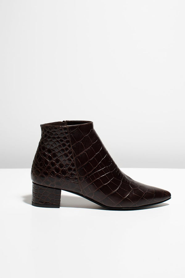 ALBA - brown croc (only size 41 in stock)
