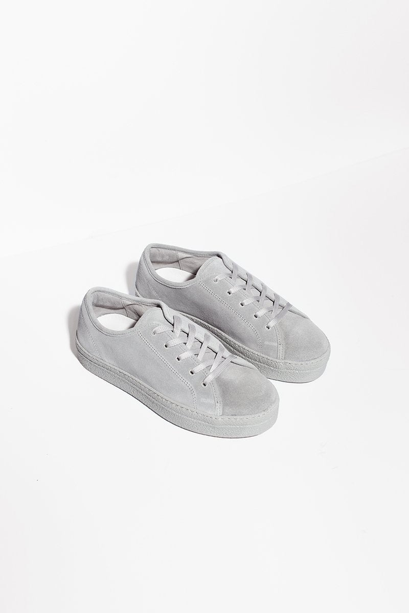 Minou - grey suede sneakers