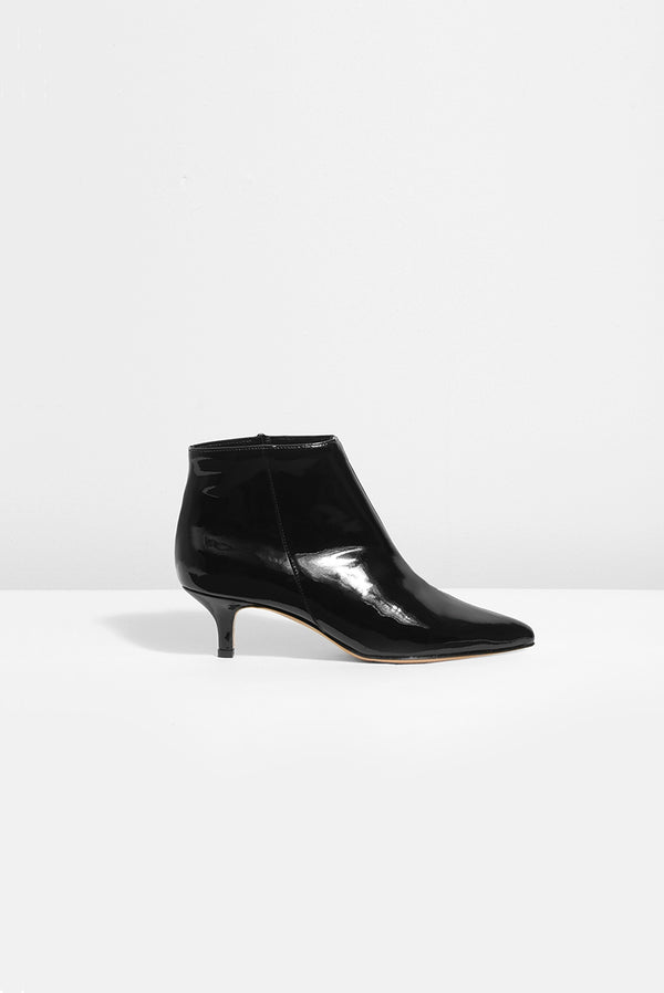 BOB - black patent leather