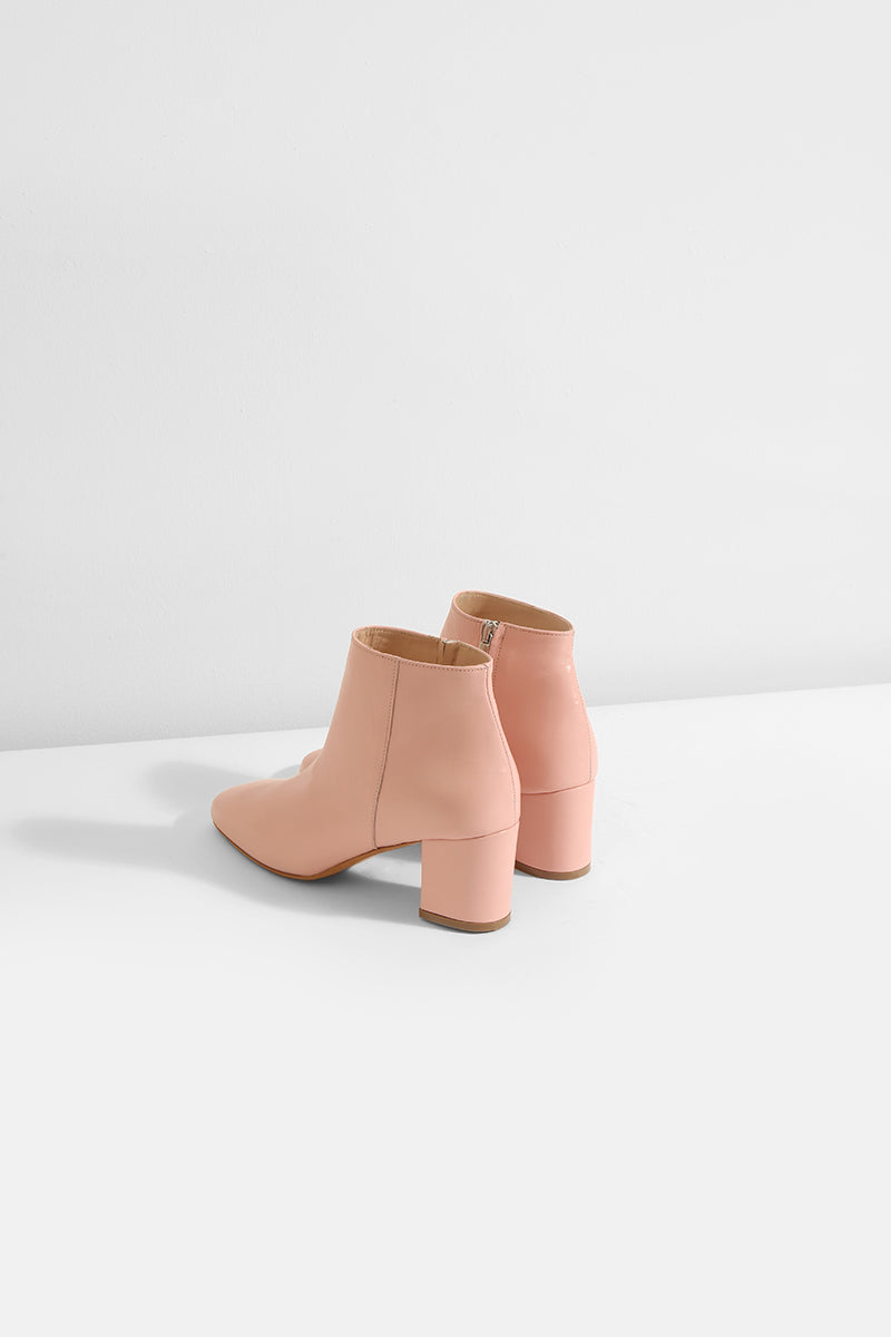Honeymoon - pink leather boots