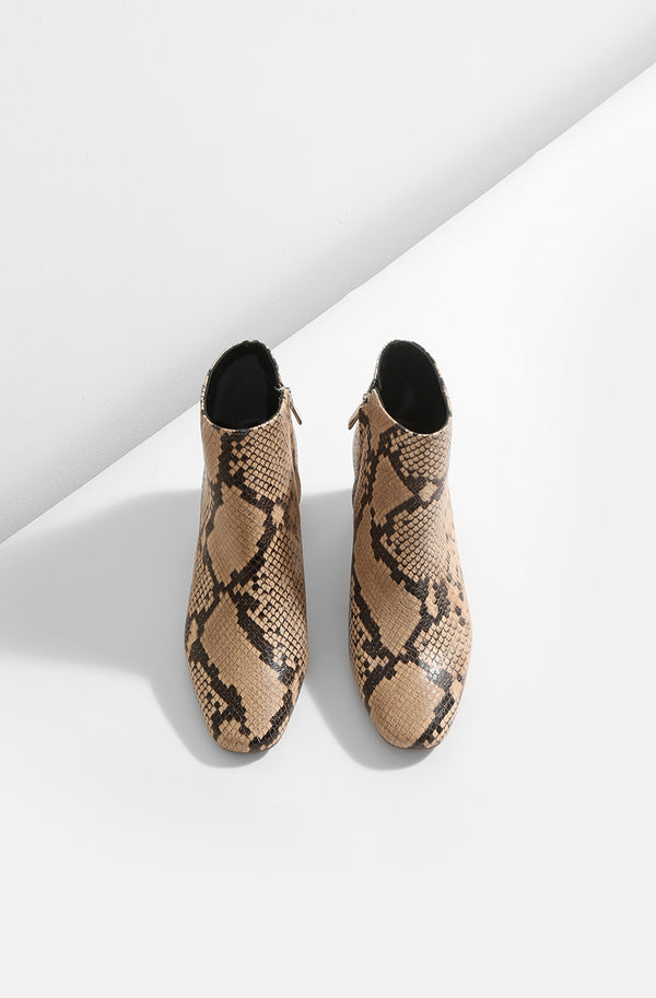 Honeymoon - beige snake leather boots