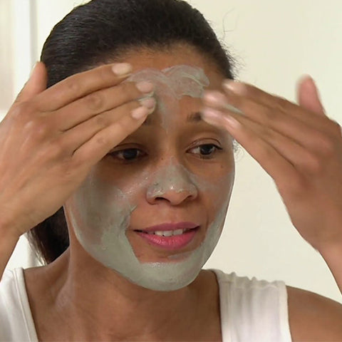 Image of Clay Mask Treatment for Acne - Mediluxe