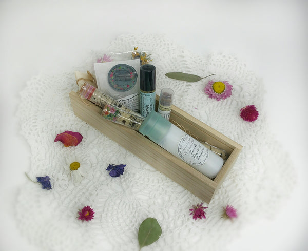 Luxurious Bath + Spa Relax Your Body gift Box set
