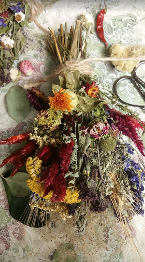 Nature's Bounty*Herbal Home Decor*Small Dried Floral Ornament Bouquet-Autumn Vintage Farmhouse Decoration* Set of 3