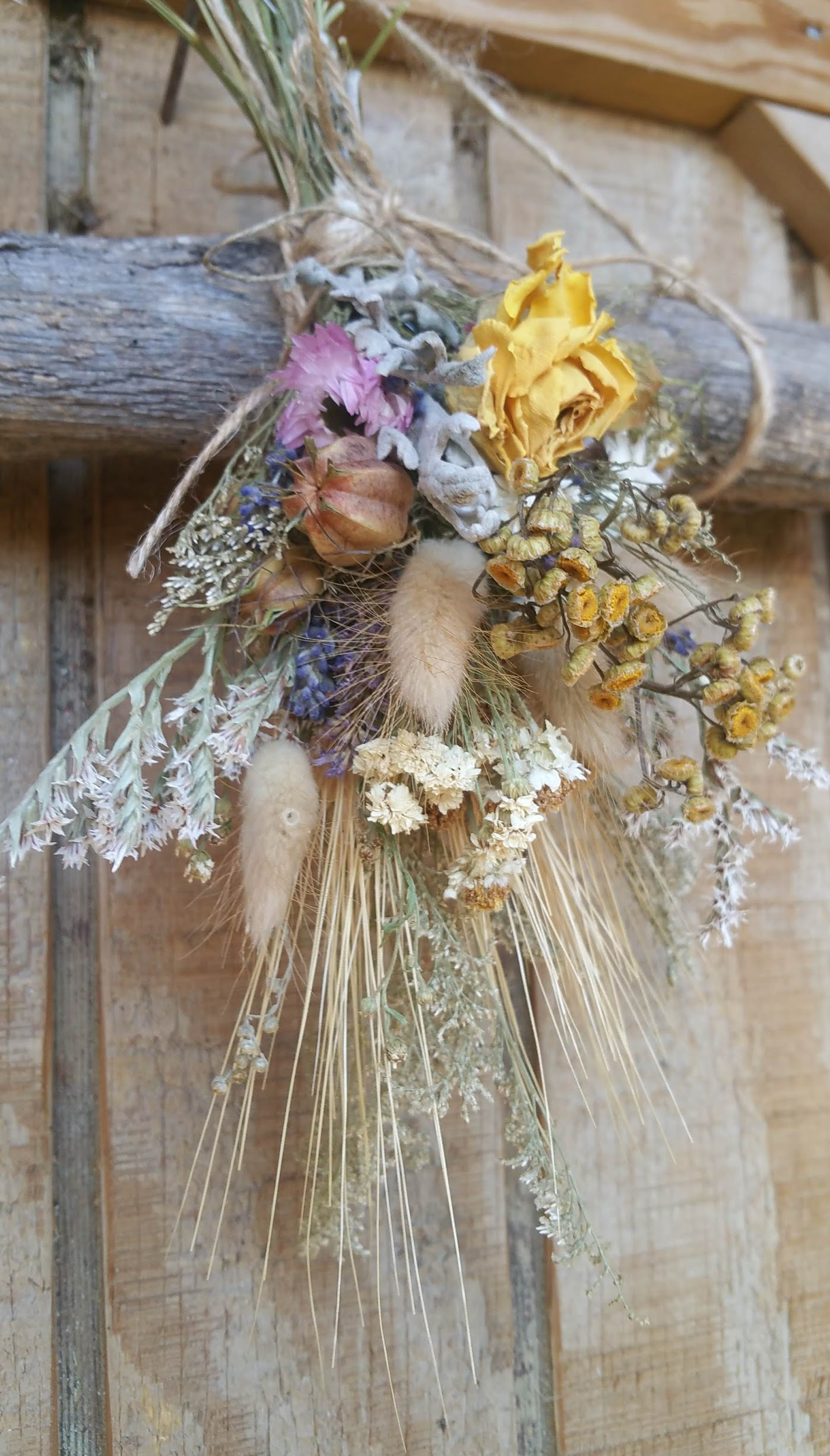 Nature's Bounty Dried Herb Dried Floral Ornament-Spring theme Decoration