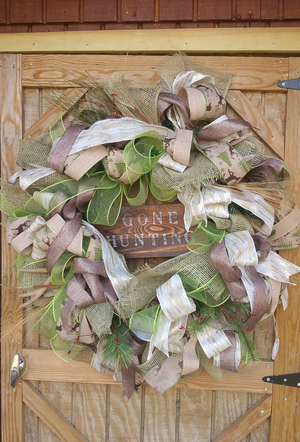 Gone Hunting Neutral Jute Deco Mesh Burlap Wreath