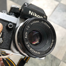 Load image into Gallery viewer, Nikon F2 Photomic