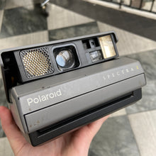 Load image into Gallery viewer, Polaroid Spectra 2