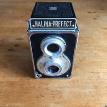 Load image into Gallery viewer, Halina Prefect TLR