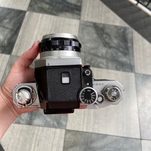 Nikon F with FTn Photomic
