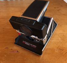 Load image into Gallery viewer, Polaroid SX-70 Sonar Autofocus