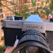 Load image into Gallery viewer, Yashica TL-Electro