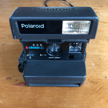 Load image into Gallery viewer, Polaroid Close Up 636