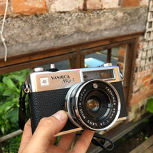 Load image into Gallery viewer, Yashica MG-1