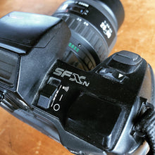 Load image into Gallery viewer, Pentax SFXn