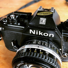 Load image into Gallery viewer, Nikon EM