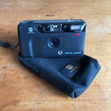 Load image into Gallery viewer, Minolta Riva Mini - A close cousin of the Leica Mini II!