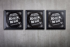 picture of Set of 3 black frames to display vinyl records on your walls. With 3 free universal holders.